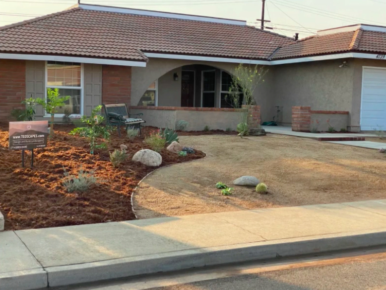 this image shows driveway contractor in Carlsbad, California