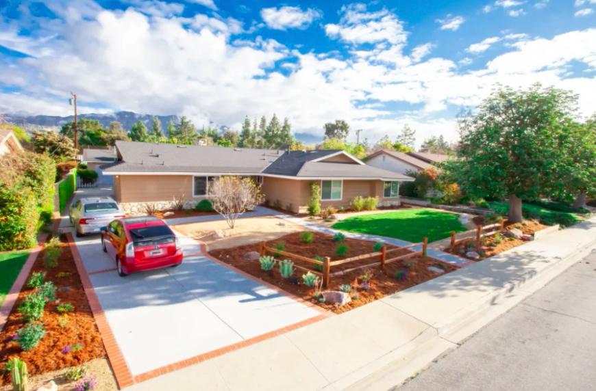 this image shows driveway installation in Carlsbad, California